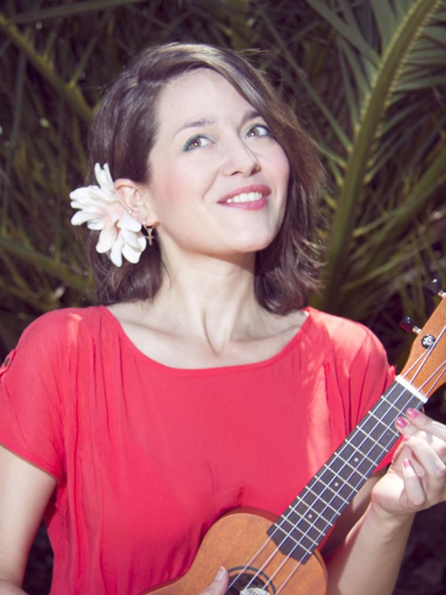 Sandra Reyes| Brandon Beach